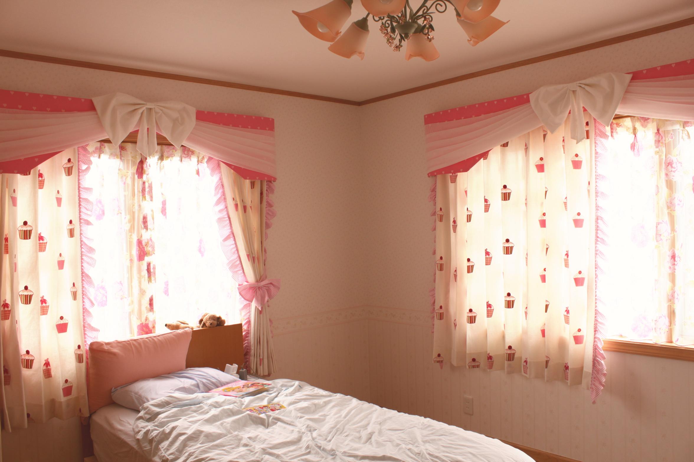 子供部屋の輸入カーテン